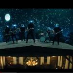 Foo Fighters au lansat un clip pentru 'The Sky Is a Neighborhood'