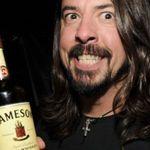 Ce bea Dave Grohl inainte de fiecare concert?