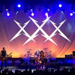 Metallica vine cu un nou clip live filmat in 2011