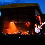 Dave Grohl a cantat alaturi de fiica sa in cadrul concertului Foo Fighters din Leeds