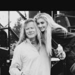 Fiica lui Dave Mustaine, Electra, a cantat alaturi de tatal sau la Paris - video