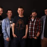 Alex & The Fat Penguins lanseaza videoclipul pentru piesa 'Rai de Farisei'