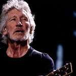 Roger Waters a lansat un clip extras din concertul 'Roger Waters: Us + Them'
