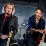 Adrian Smith si Richie Kotzen au lansat un nou single, 'Running'