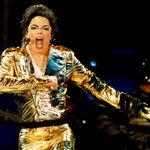 Michael Jackson a decedat la varsta de 50 de ani