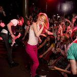 Paramore vor sustine un concert special pentru fanii dedicati