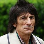 Jumatate din averea chitaristului Rolling Stones ajunge pe mainile sotiei
