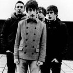 Arctic Monkeys au fost loviti de fulger