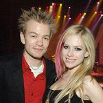 Avrile Lavigne divorteaza de Deryck Whibley