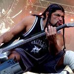 Basistul Metallica discuta despre politica (video)