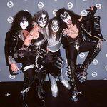 Filmari din actualul turneu Kiss!