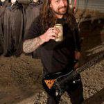 Prin Sao Paolo alaturi de chitaristul Sepultura (video)