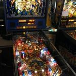 Primul aparat de pinball custom made Metallica (foto si video)