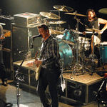 Them Crooked Vultures lanseaza albumul de debut