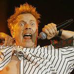 Solistul Sex Pistols va lansa un nou album Pil. Daca va avea bani